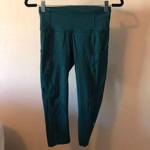 Lululemon size 6 fast and free crop legging